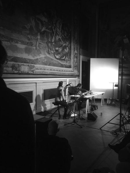 Foto Performance Elisabeth Haselberger und Gerald Fiebig: »23 Minutes for Recorder and Recorder«